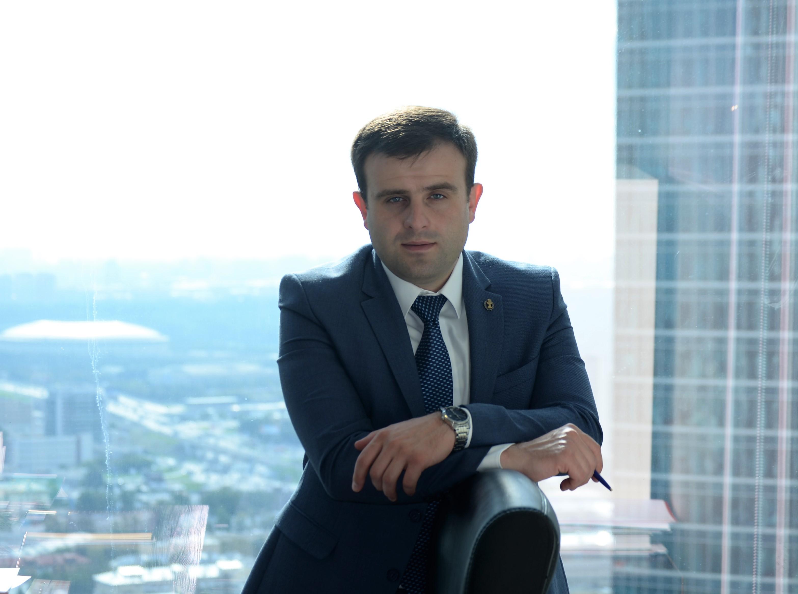 Шевцов: Разошлись в мнениях о дальнейшей работе ФК Кристалл